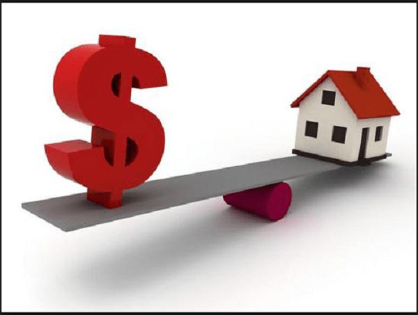 Tranh chấp giữa cư dân và chủ đầu tư xoay quanh vấn đề phí dịch vụ chung cư