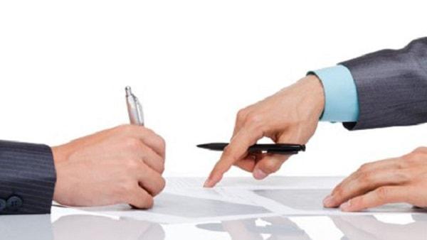 Đặc biệt chú ý trong hợp đồng mua bán và phí dịch vụ